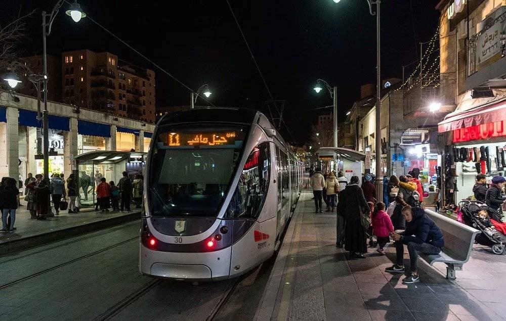 Общественный транспорт в израиле: автобусы, поезда и электрички, такси, трамваи, метро. стоимость и расписание
