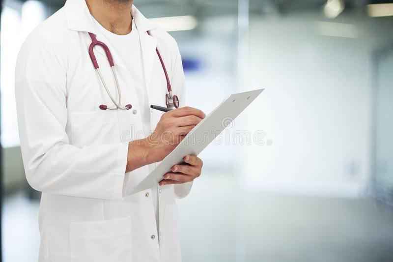 Медицина в испании: платная и бесплатная – мигранту мир