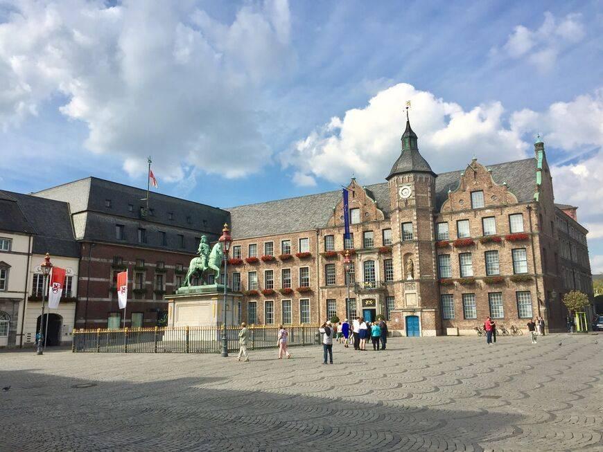 Что посмотреть в дюссельдорфе за 1 день самостоятельно - маршрут, фото, описание, карта