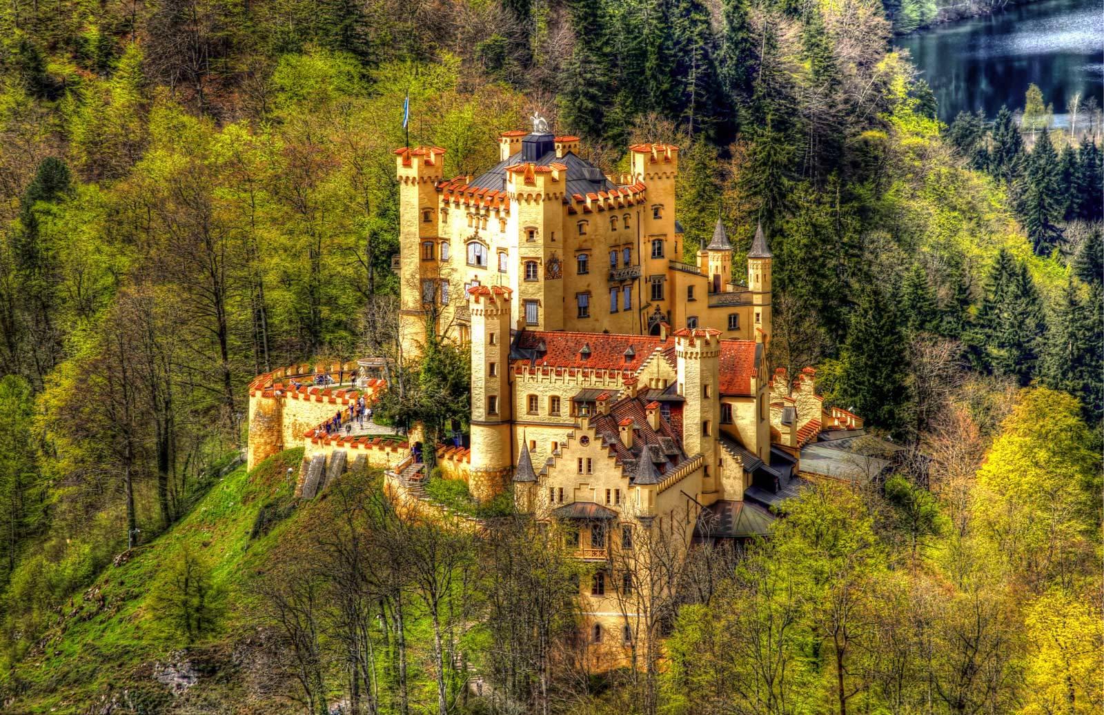Замок нойшванштайн, германия (бавария). как добраться из мюнхена, экскурсии, билеты, отели рядом, история, легенды, официальный сайт, фото – туристер.