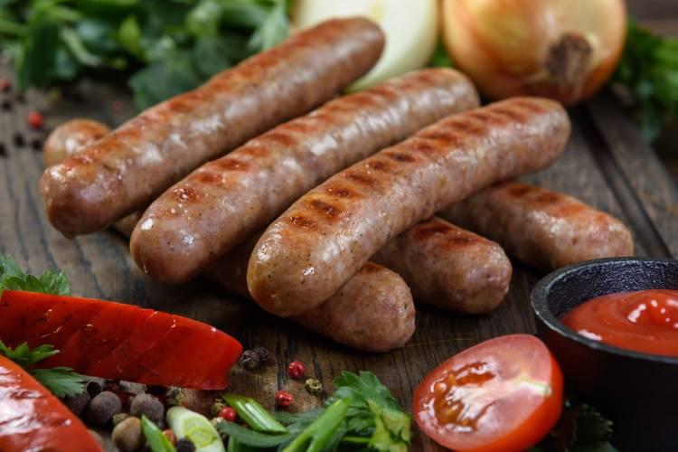 Немецкие колбаски: лучшие рецепты, особенности приготовления и отзывы