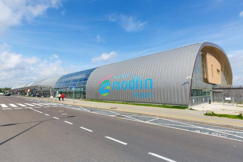 Как добраться в аэропорт модлин из варшавы и обратно