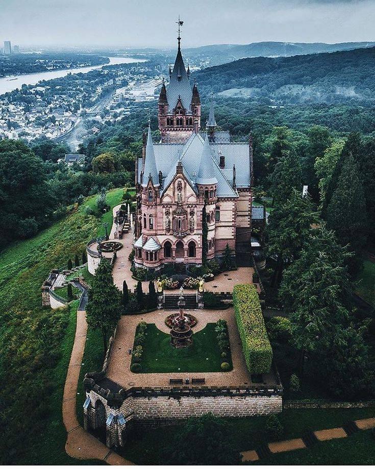 Замок драхенфельс