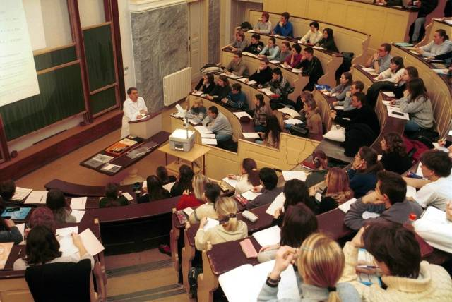 Бесплатное образование в чехии. когда и почему оно стало таким?