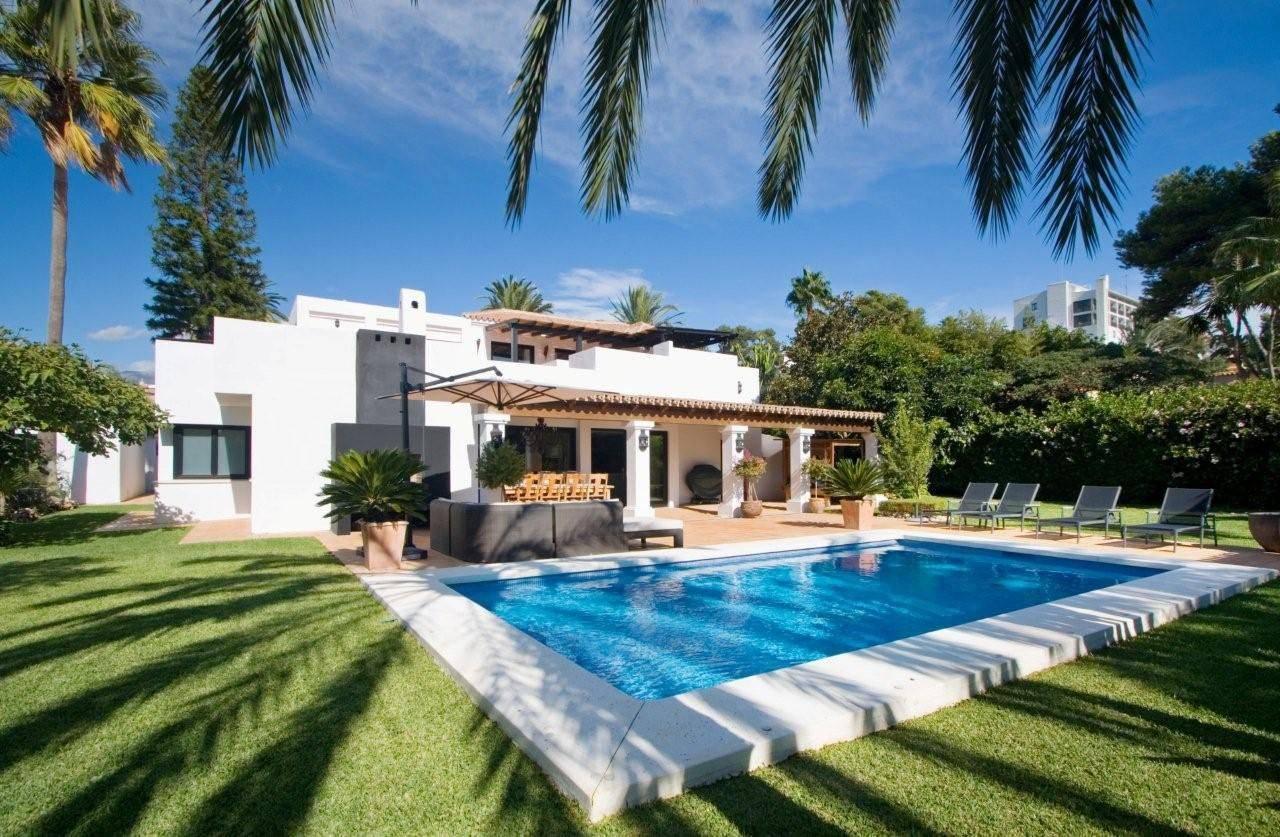 Как продать недвижимость в испании без посредников или через риелтора