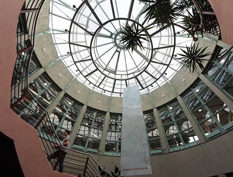 Studyqa  — гамбургский университет — гамбург — германия: стоимость, рейтинг, программы, требования к поступающим