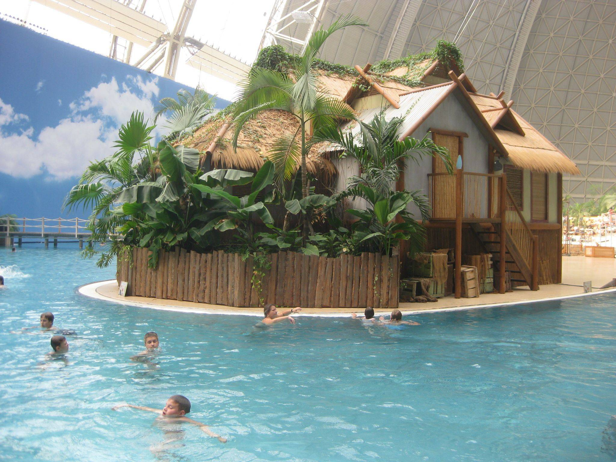 Парк тропические острова, tropical islands, берлин, германия. отели рядом, аквапарк, цена, сайт, фото, видео, как добраться – туристер.ру