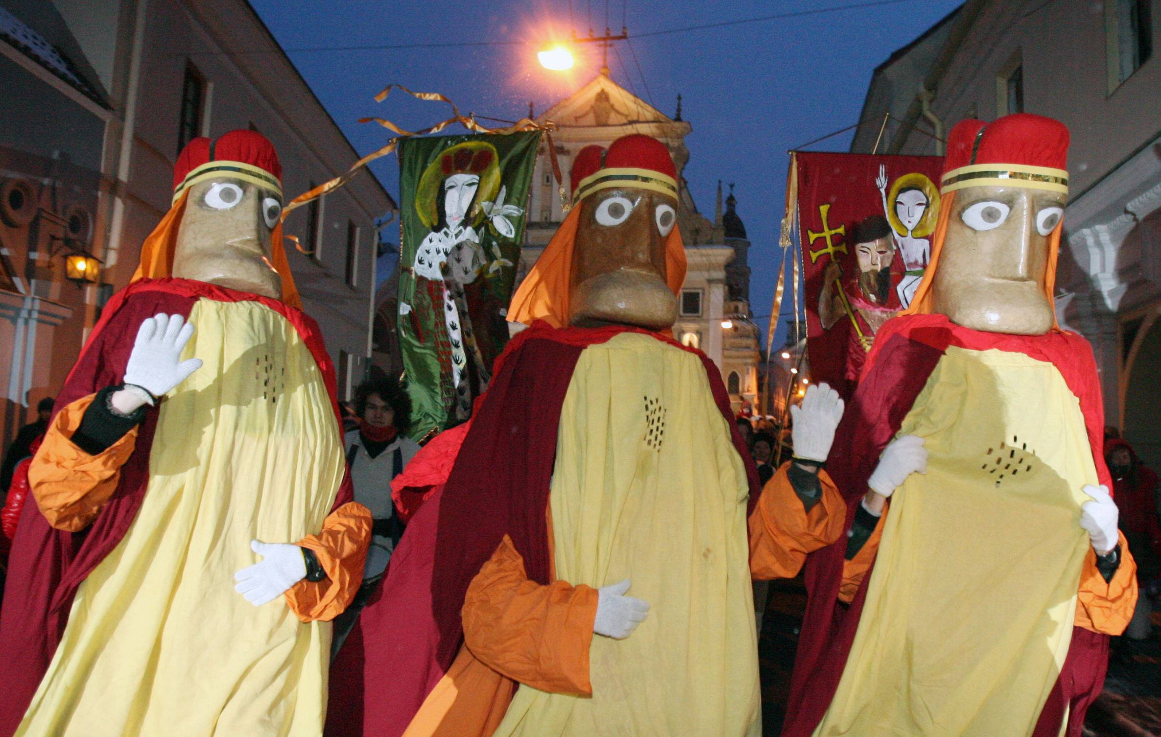 Нельзя пропустить: день трех королей-магов, 6 января - путеводитель барселона тм