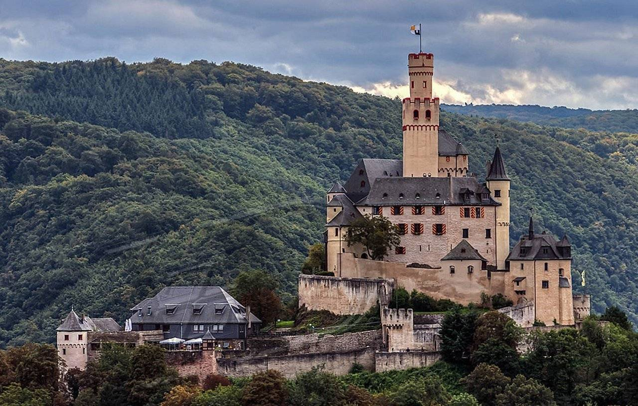 Замок марксбург. германия