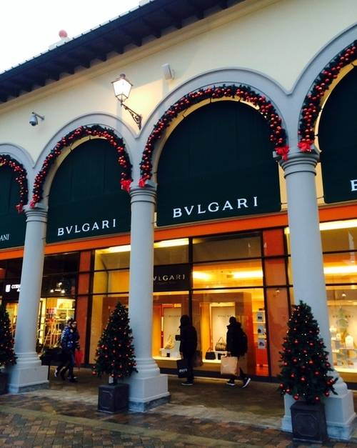Календарь зимних распродаж в италии