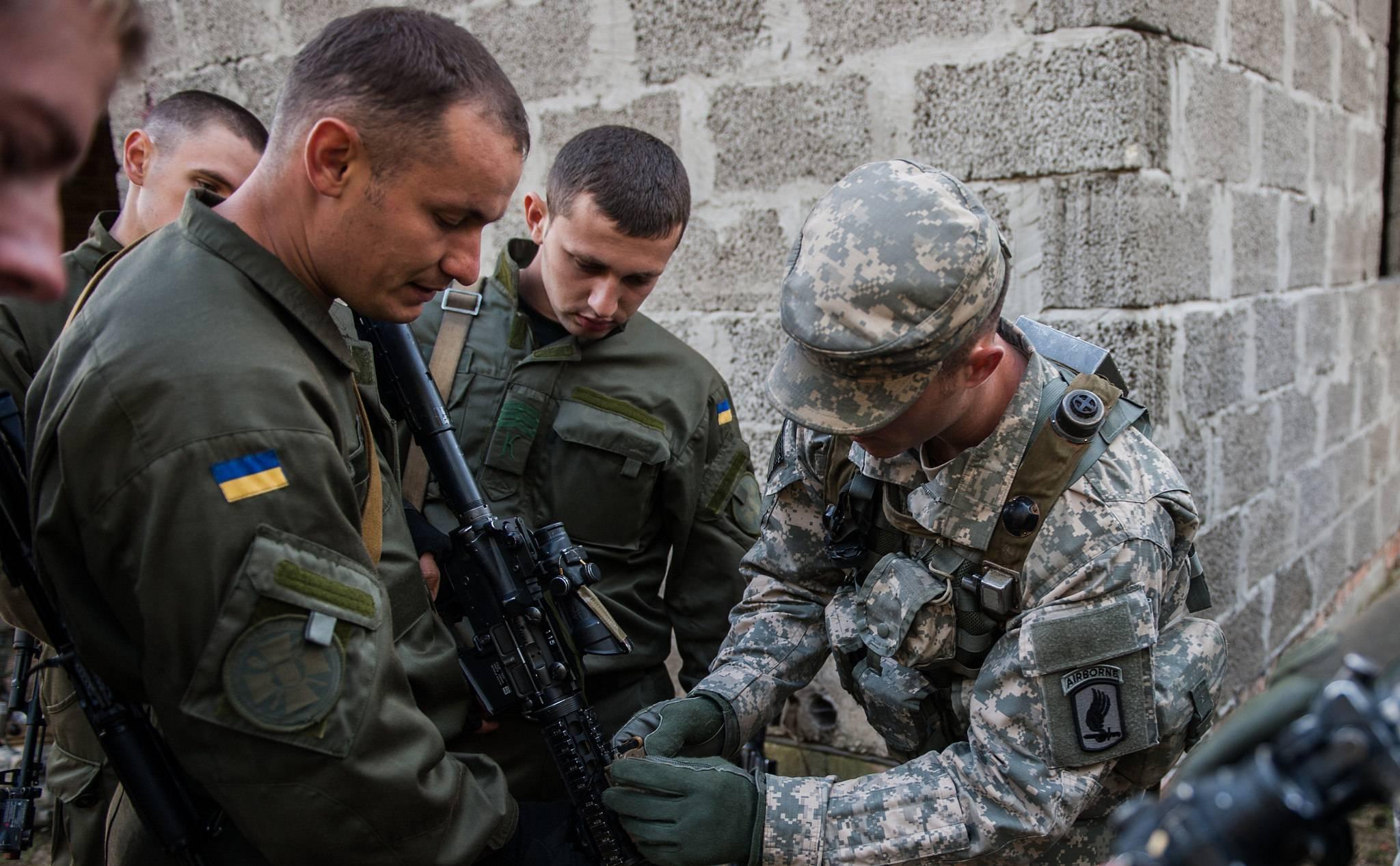 Ультраправые и военные профи. что известно об американцах, которые воюют на донбассе