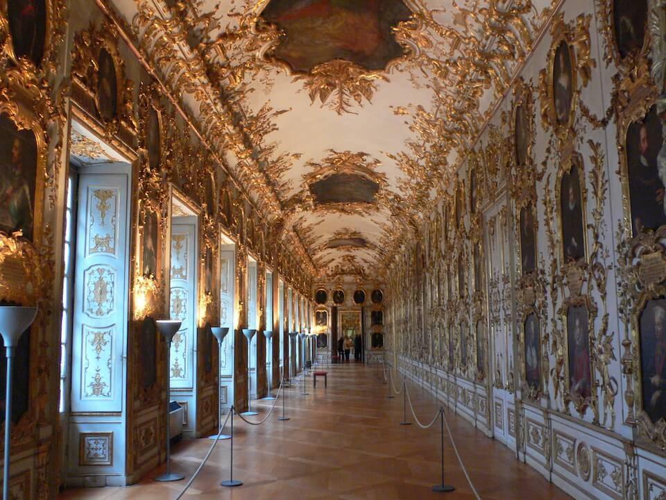 Самый крупный германский дворец мюнхенская резиденция