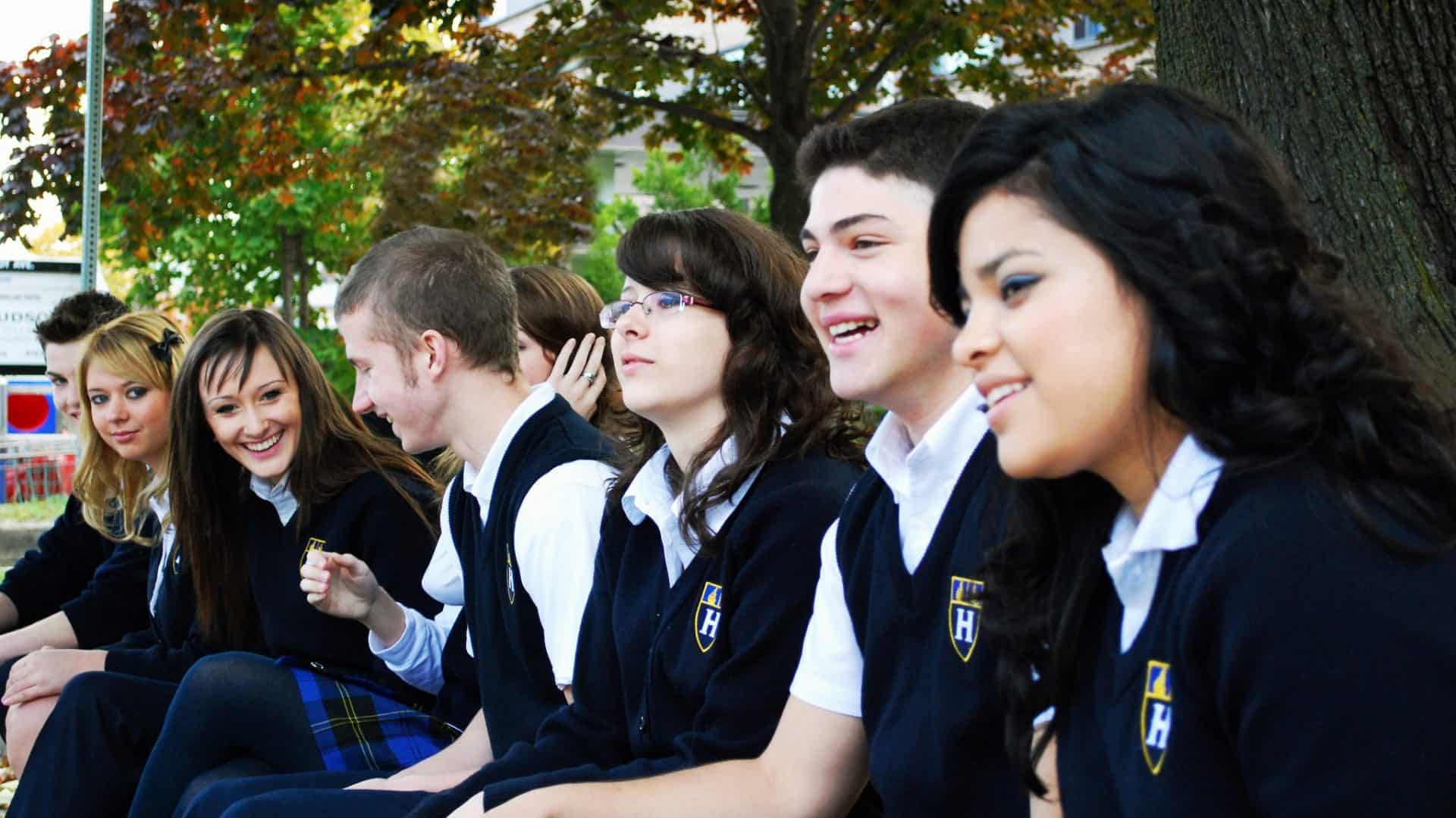 Обучение в канаде для русских после 11 класса и вуза: сколько стоит высшее образование — университеты, где есть бесплатная учеба для россиян — вне берега