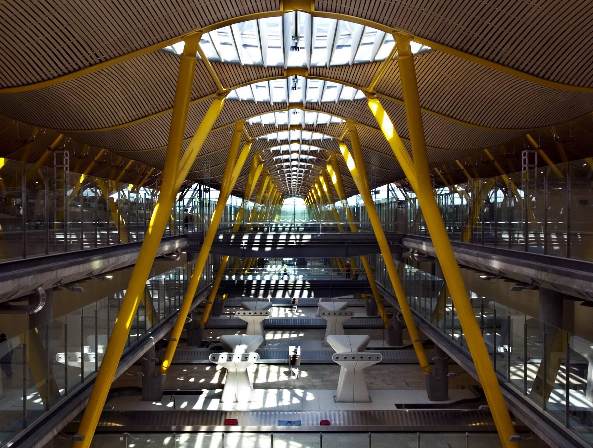 Барахас (аэропорт, мадрид): табло прилета, терминалы, схема и расстояние до мадрида. как добраться из аэропорта в центр мадрида?