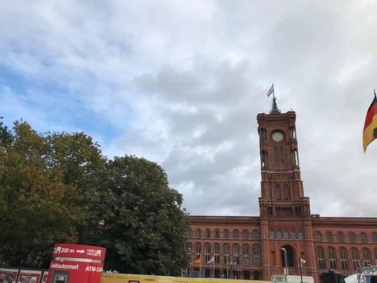Красная ратуша в берлине – простота и величие резиденции бургомистра
