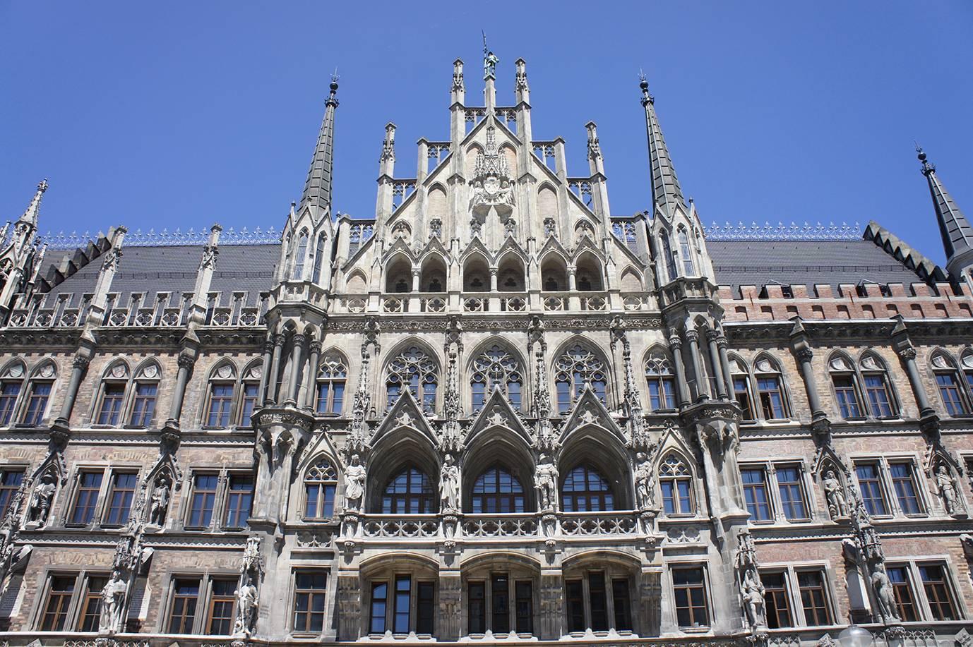 Все самые популярные достопримечательности мюнхена: церкви, ратуши, музеи, площади, архитектура   жизнь как путешествие