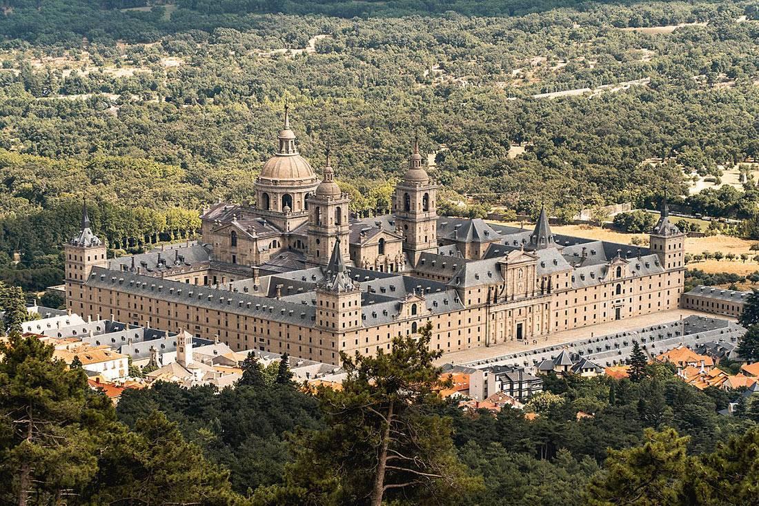 О монастыре и дворце эскориал (окрестности мадрида): достопримечательности места