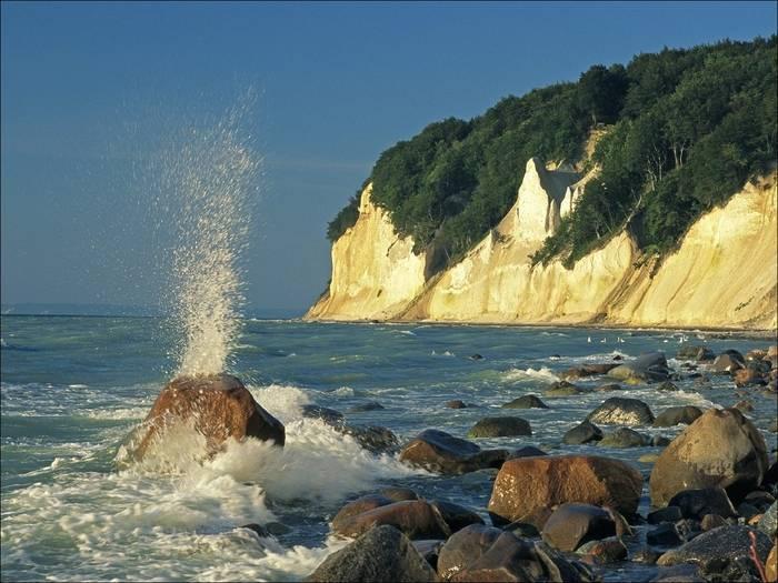 Тур на остров рюген с посещением города ломе, ознакомление с достопримечательностями, планирование отдыха в германии