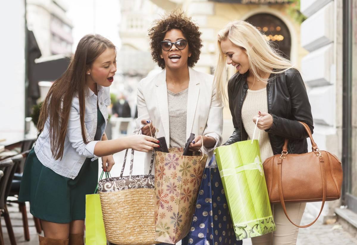 Как правильно закупаться в секонд-хенде: отыскиваем бренды, покупаем качественное, экономим