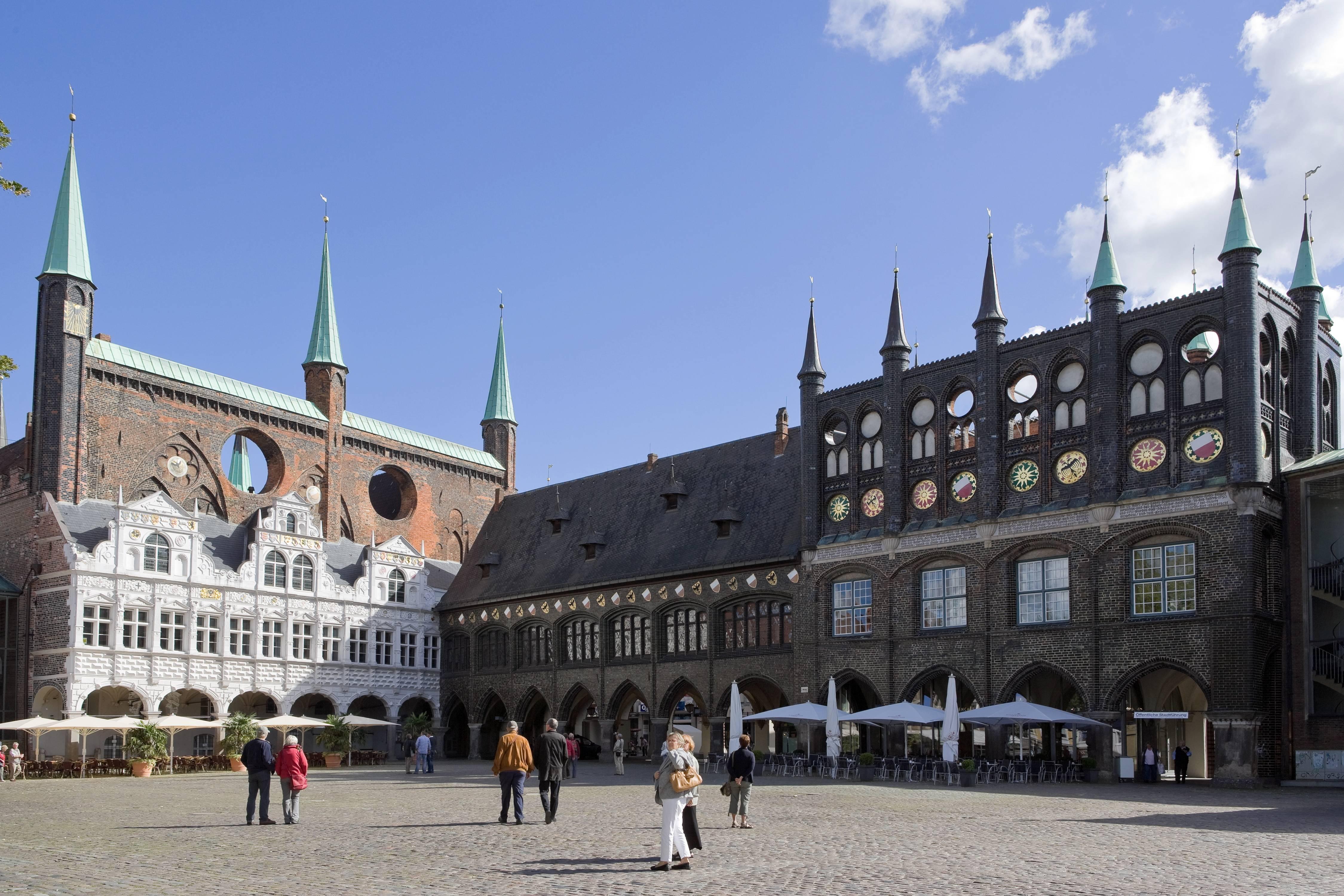 Бременская ратуша вгермании: история создания, описание, архитектура