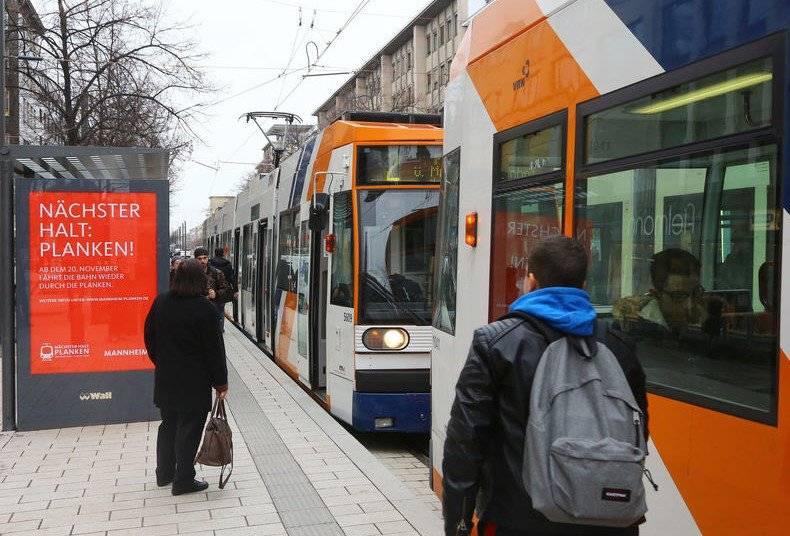 Транспортная сеть германии: одна из самых густых в мире. веду-щий вид транспорта —