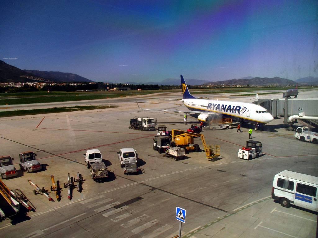Как добраться из аэропорта малаги в центр. из центра малаги в аэропорт