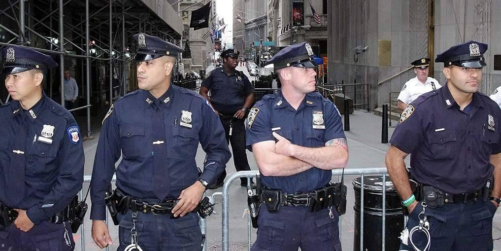Как стать полицейским и построить карьеру сотрудника мвд