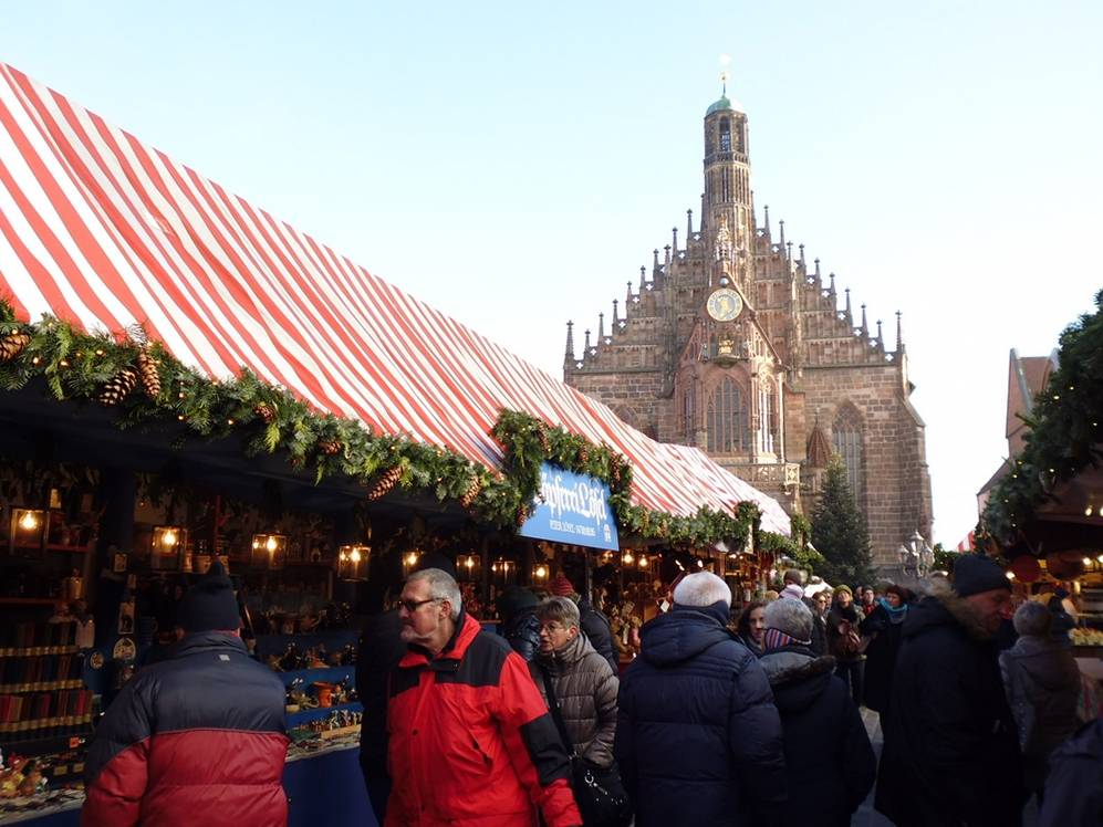 Подскажите, какие торговые центры можно посетить в нюрнберге? планируем поездку в декабре. если кто знает напишите, где можно выгодно пошопиться. 4 ответа. туристер.ру