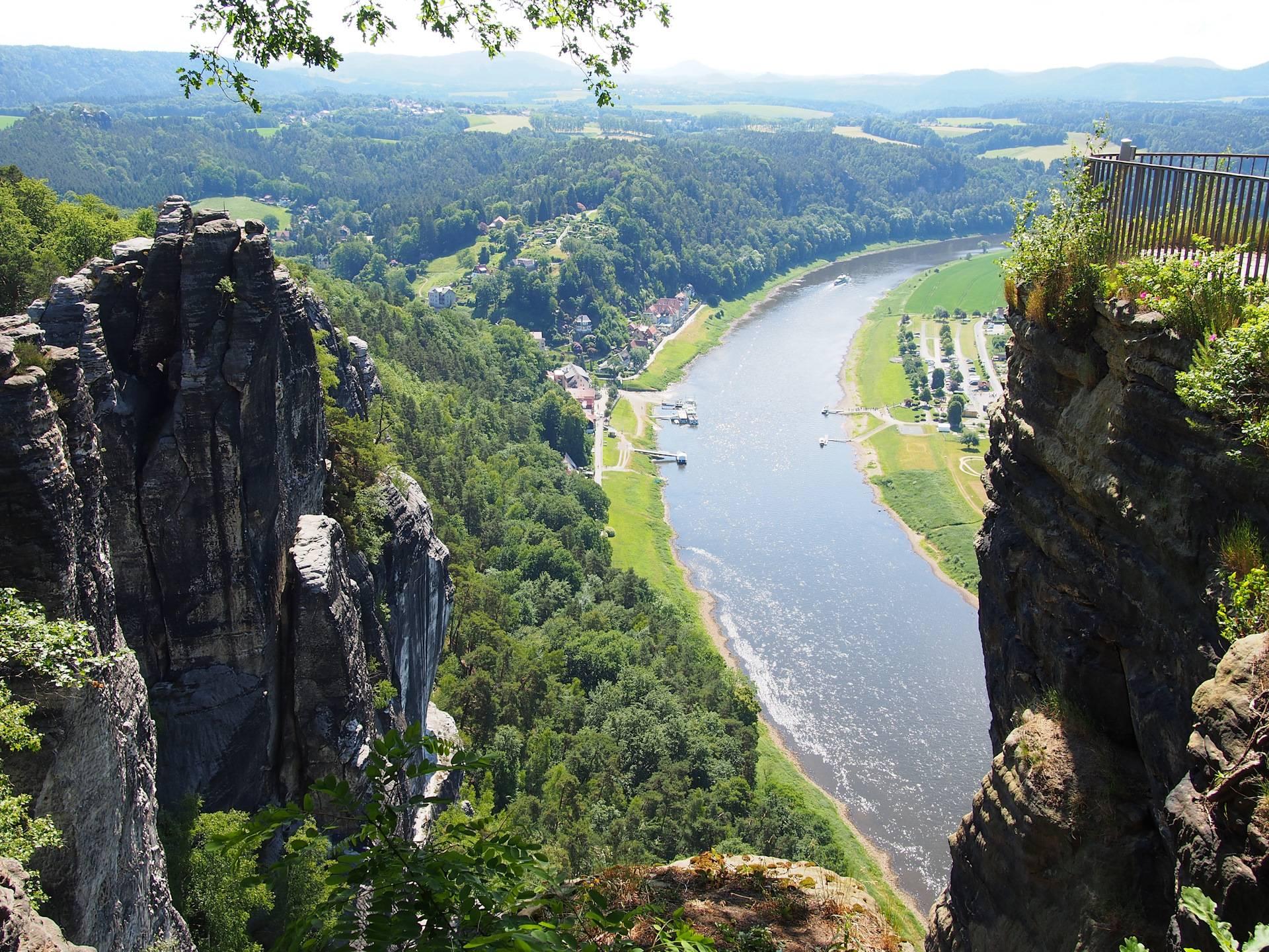 Саксонская швейцария: фото, отзывы. как добраться, что посмотреть? саксонская швейцария и крепость кёнигштайн – заповедник, окутанный легендами