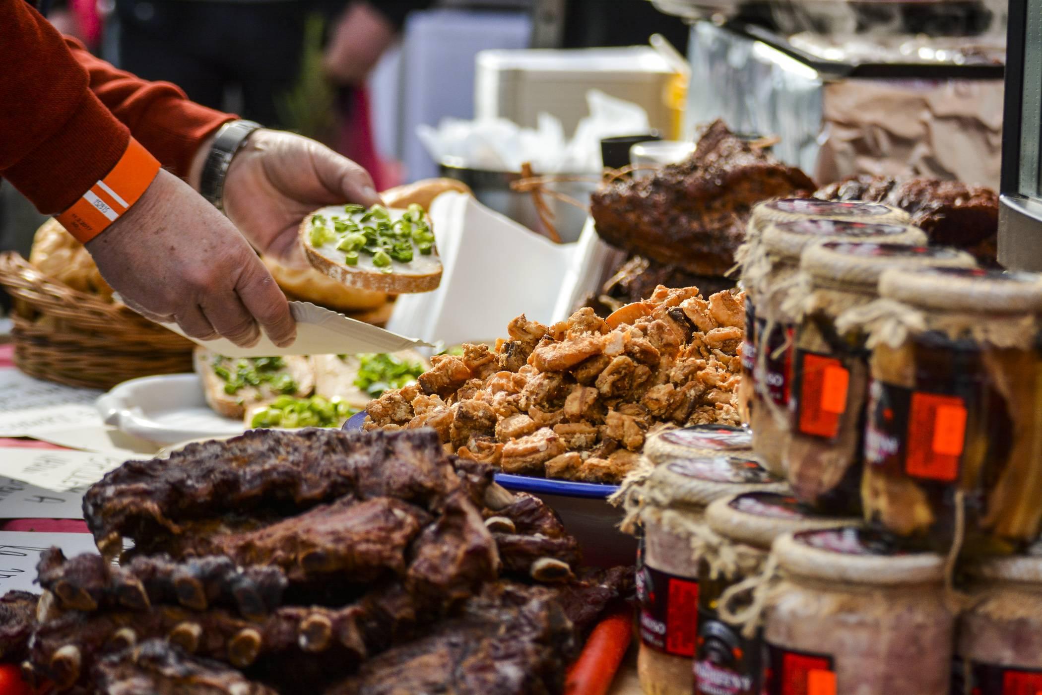 Что попробовать и где вкусно поесть в праге? цены на еду