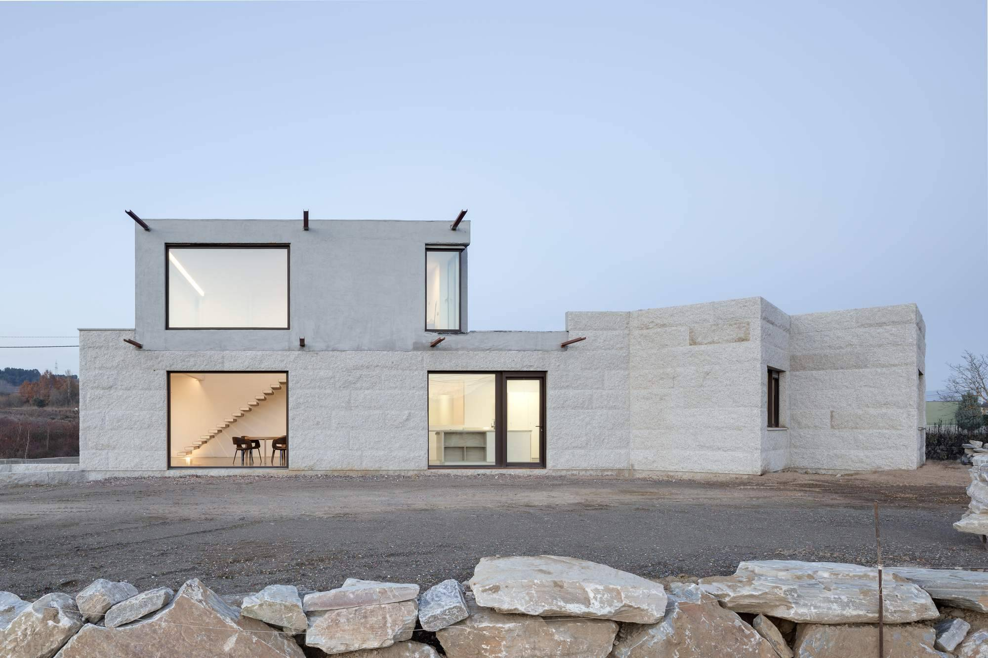 Во сколько обойдется содержание недвижимости в испании