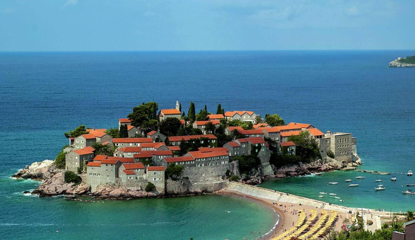 Жизнь в черногории в 2021 году: стоимость проживания, зарплата