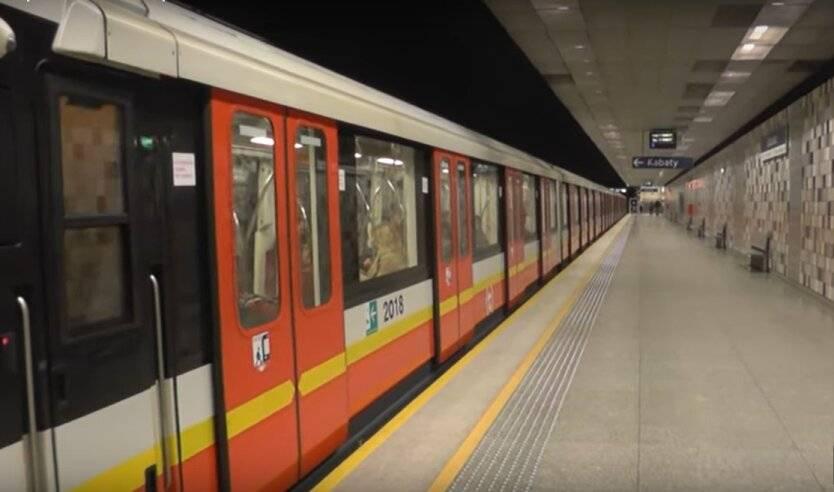 Каховская линия метро