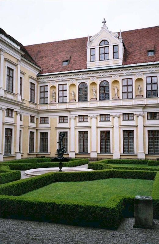 ★ мюнхенская резиденция - резиденции правителей .. информац