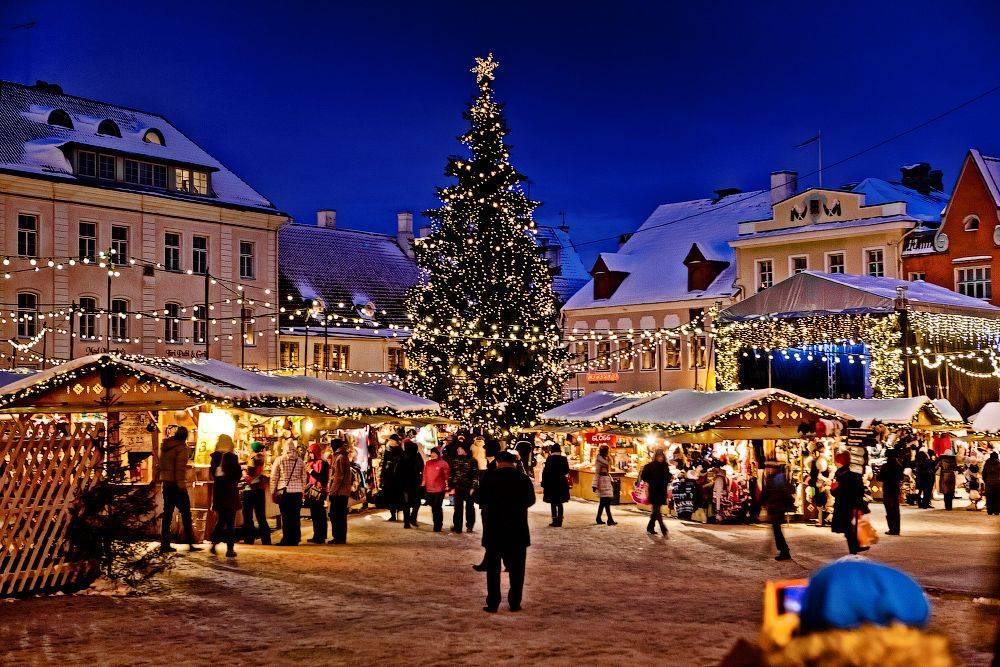 В Таллин на работу: вакансии, зарплаты, условия трудоустройства