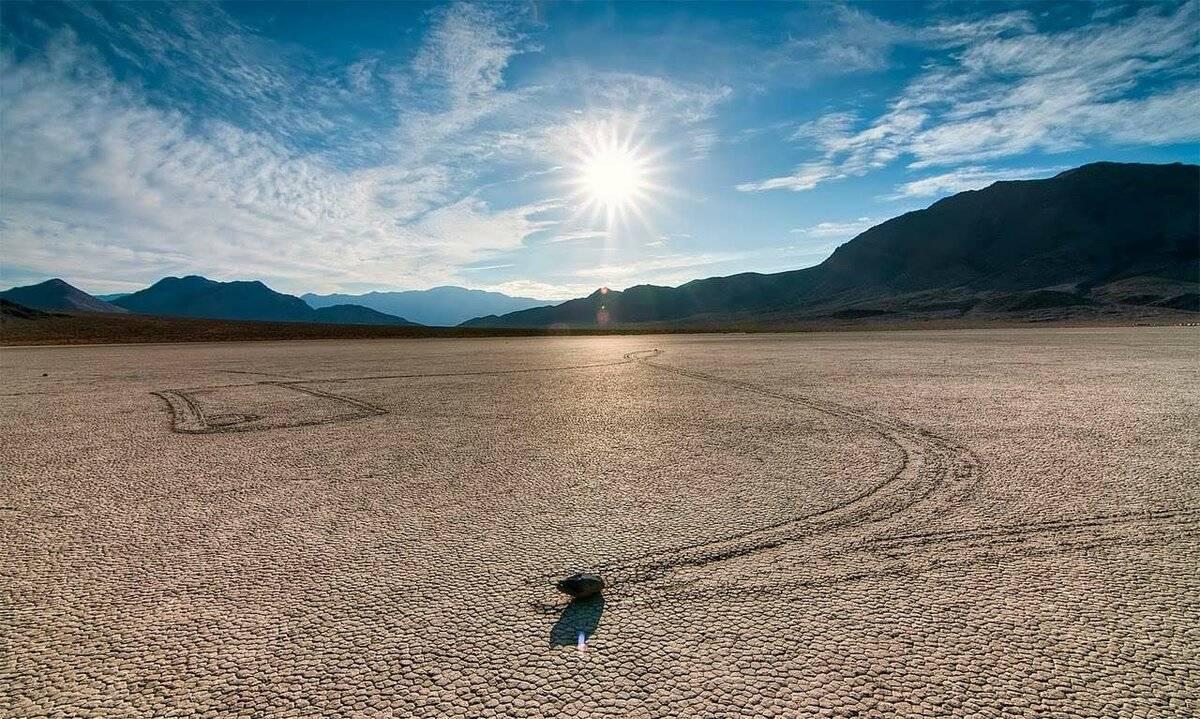 Долина смерти в сша: движущиеся камни, достопримечательности (фото)