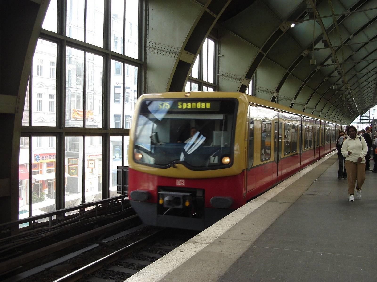 Всё о метро в берлине: как им пользоваться, виды билетов, режим работы