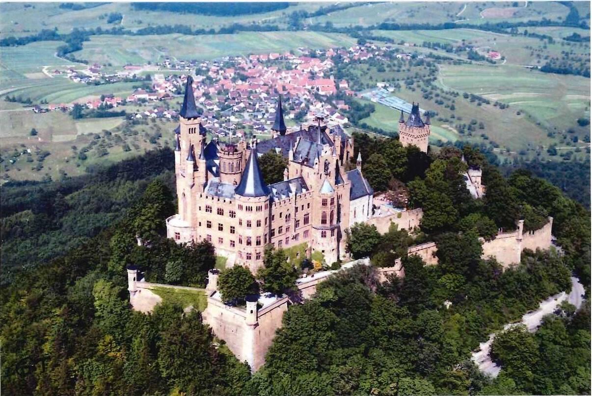Замок гогенцоллерн — истинно немецкое чудо в облаках