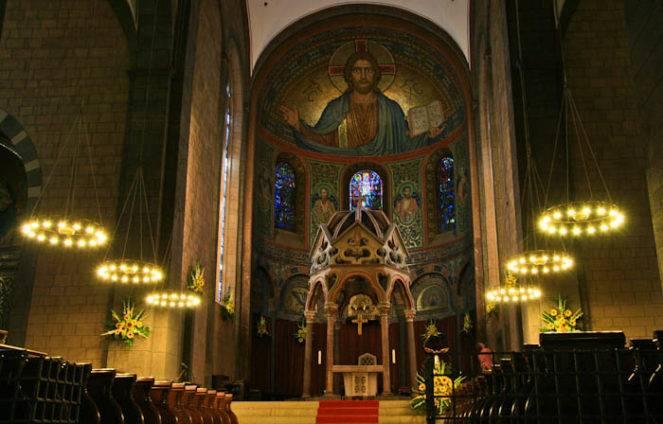 Лаахское аббатство - вики