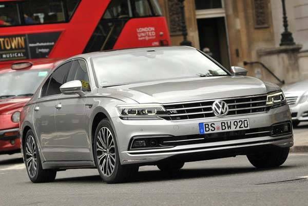 Volkswagen passat 2021 года — премиальный, но доступный седан с одной из лучших в классе электроникой