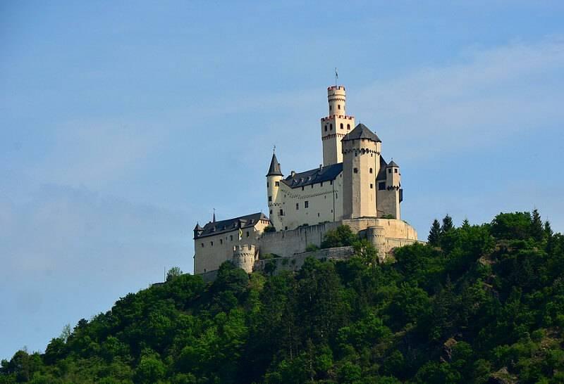 Знаменитые замки германии: нойшванштайн, гогенцоллерн, эльц и другие