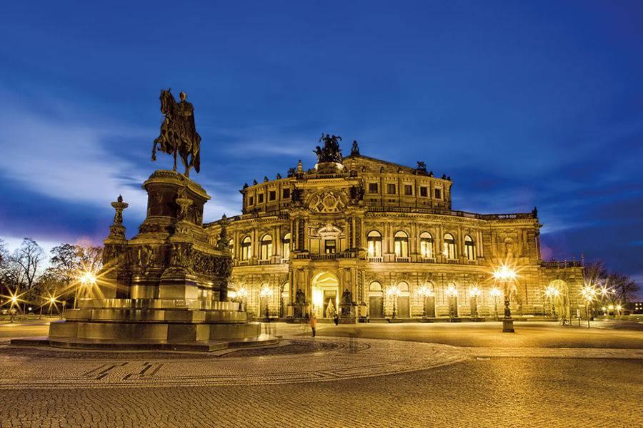 Классические оперы на сцене большого театра, лучшие оперные постановки большого.