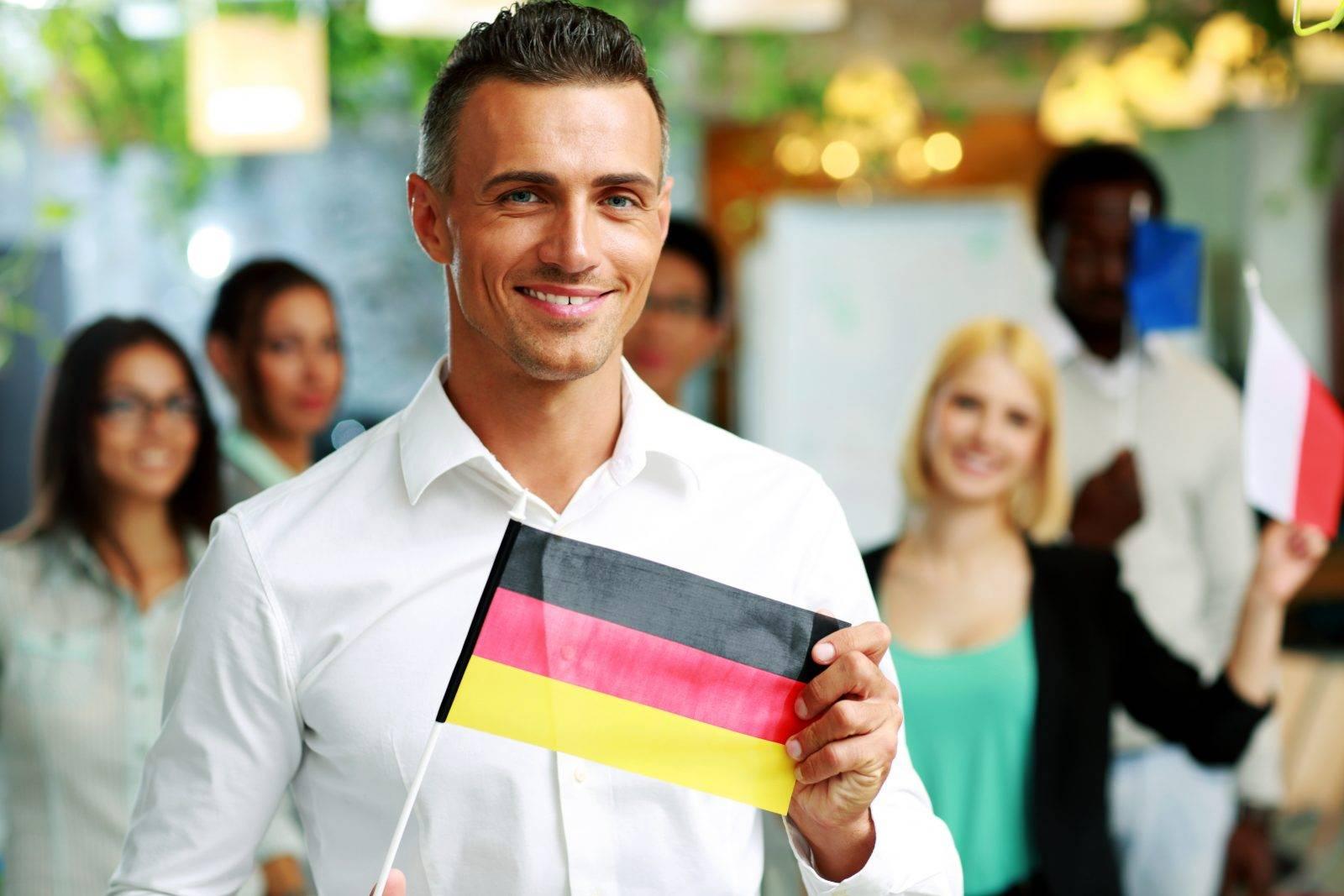 Разрешение на пребывание и работу в германии: голубая карта, вид на жительство, список профессий