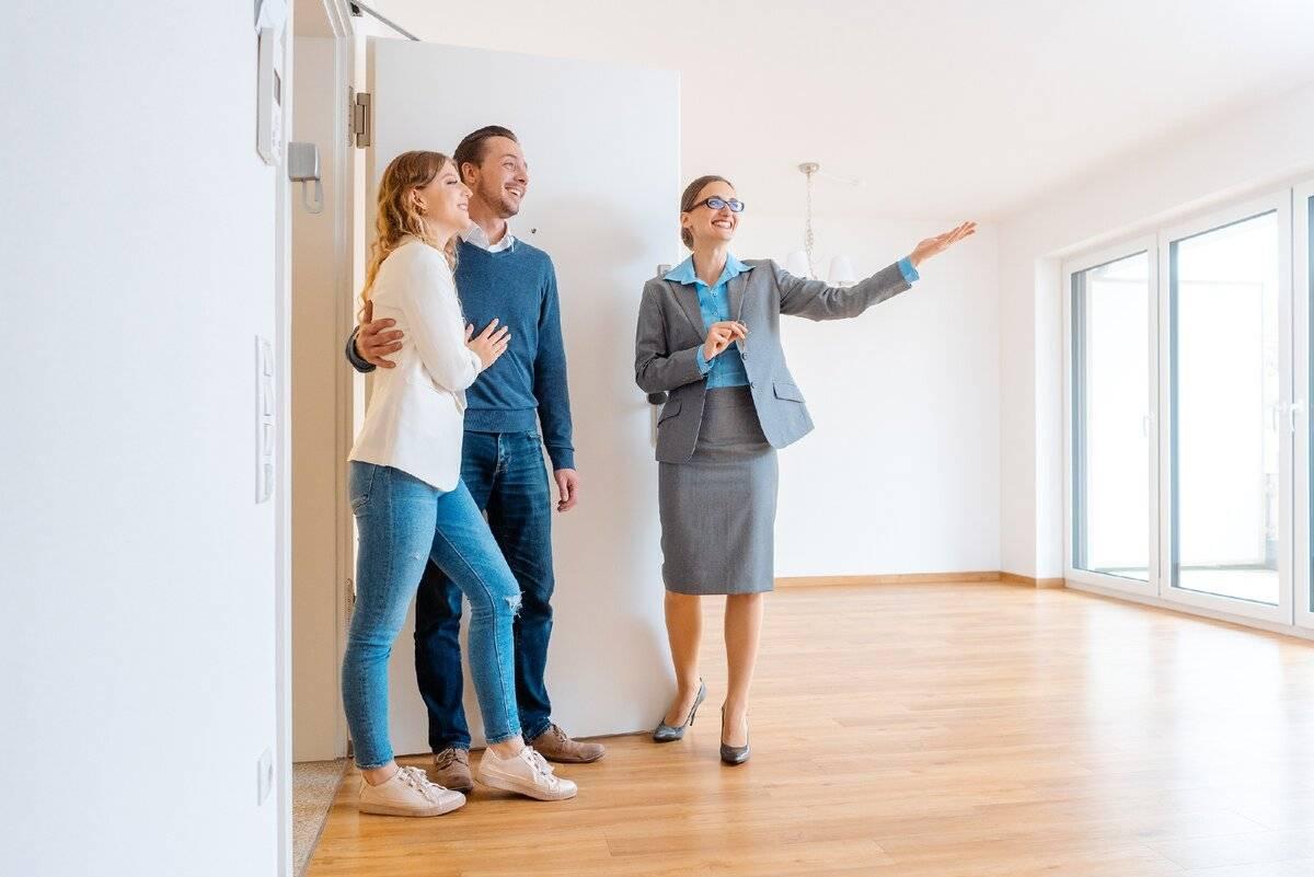 Как правильно снять квартиру на длительный срок, чтобы не обманули?