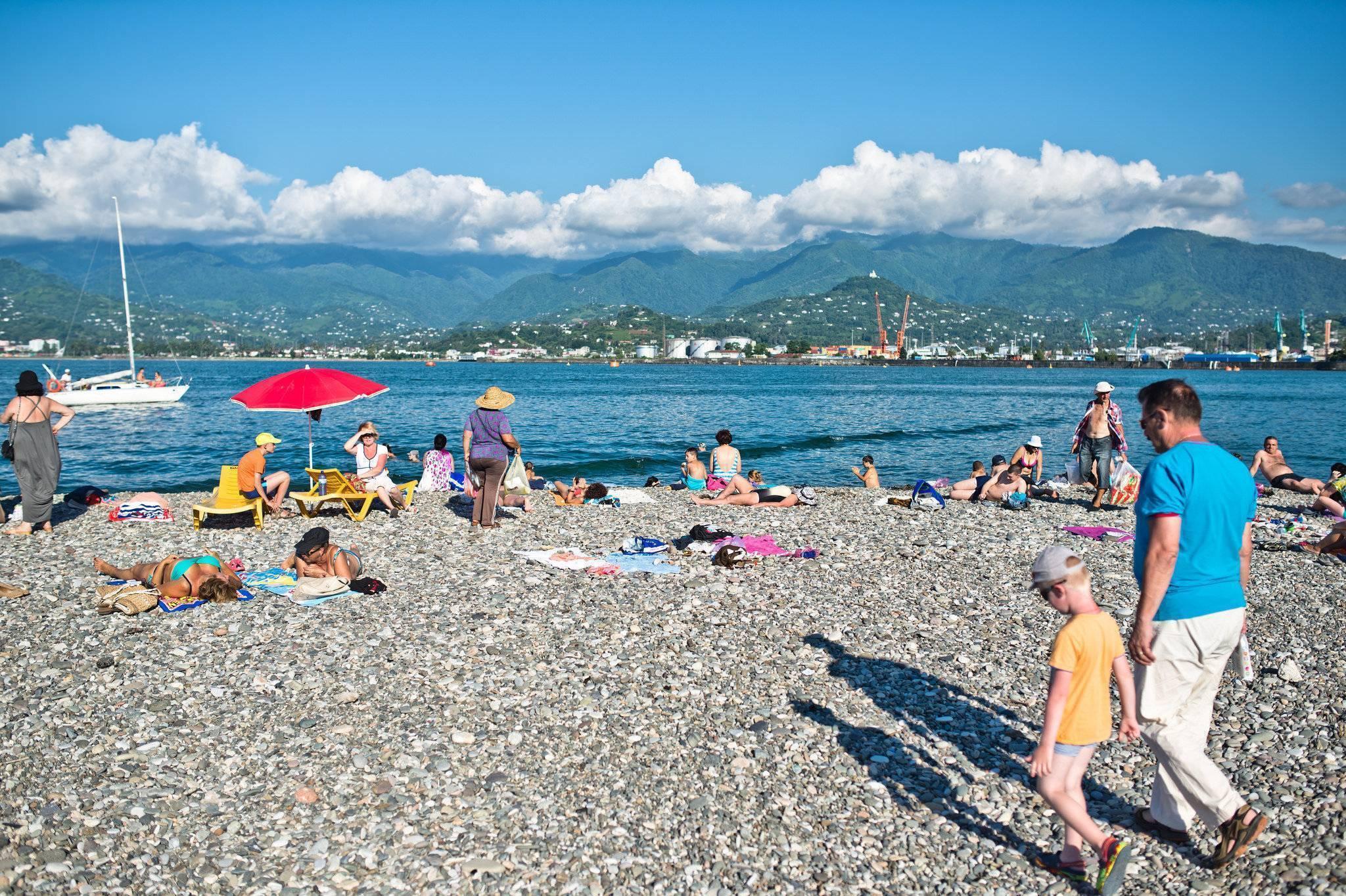 Какой отдых выбрать? куда поехать на море в грузии?