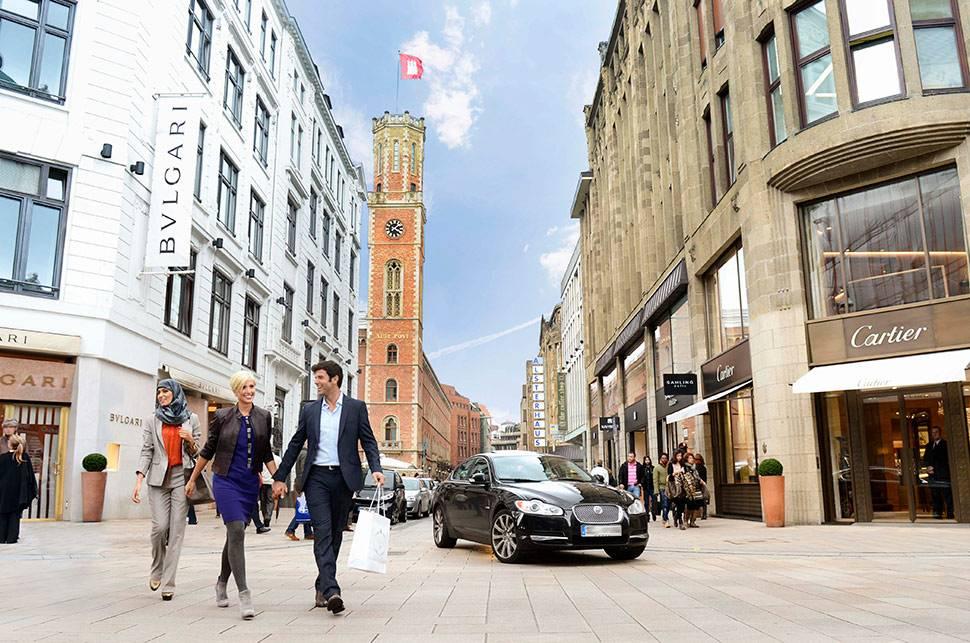 Где купить редкие сувениры и одежду в гамбурге - ваш личный путеводитель по городам европы