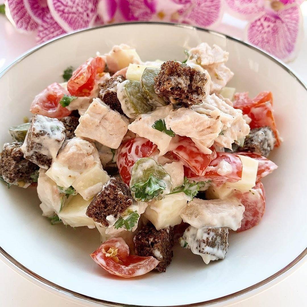 Салат баварский с копченой курицей. салат баварский – уникальная многогранность вкусов. традиционный баварский салат: как его приготовить