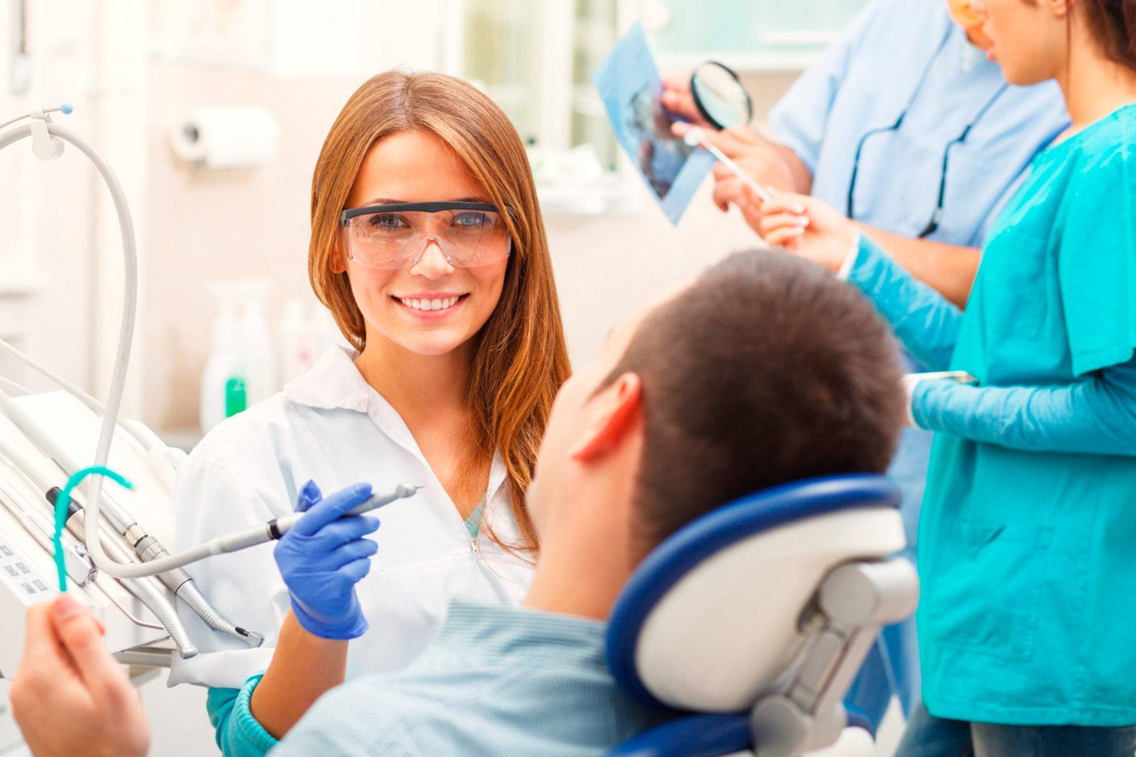 Цена лечения зубов в германии