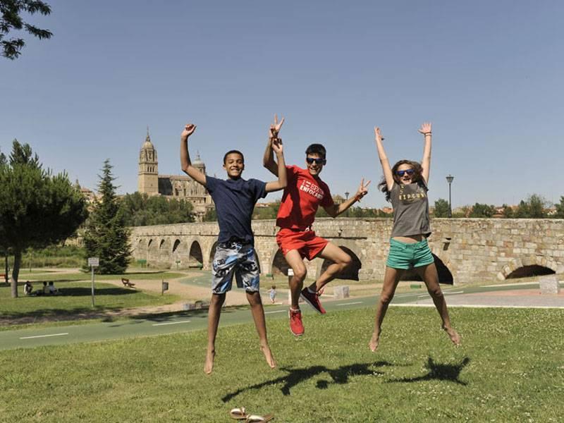 Международные лагеря для детей в испании c занятиями баскетболом 2021 - купить путевку, бронирование бесплатно