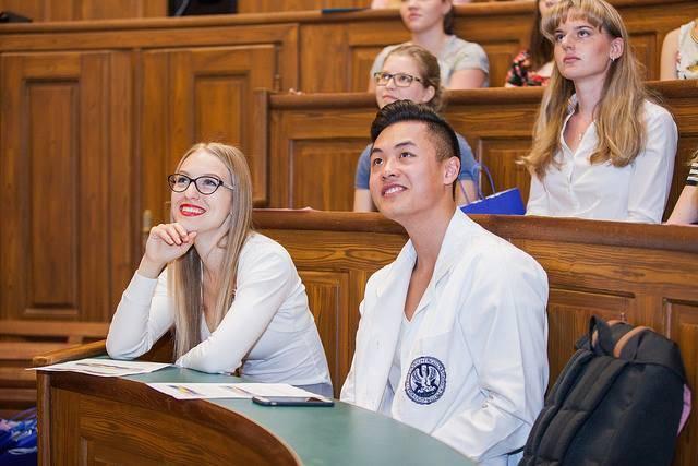 Медицинское образование в чехии – мигранту мир